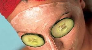 ماسك البشرة الدهنية وعلاج المسام الواسعة