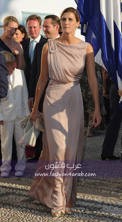 اجمل ازياء الملكات والاميرات rania11.jpg