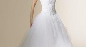 اختيار فستان زفاف مثالي