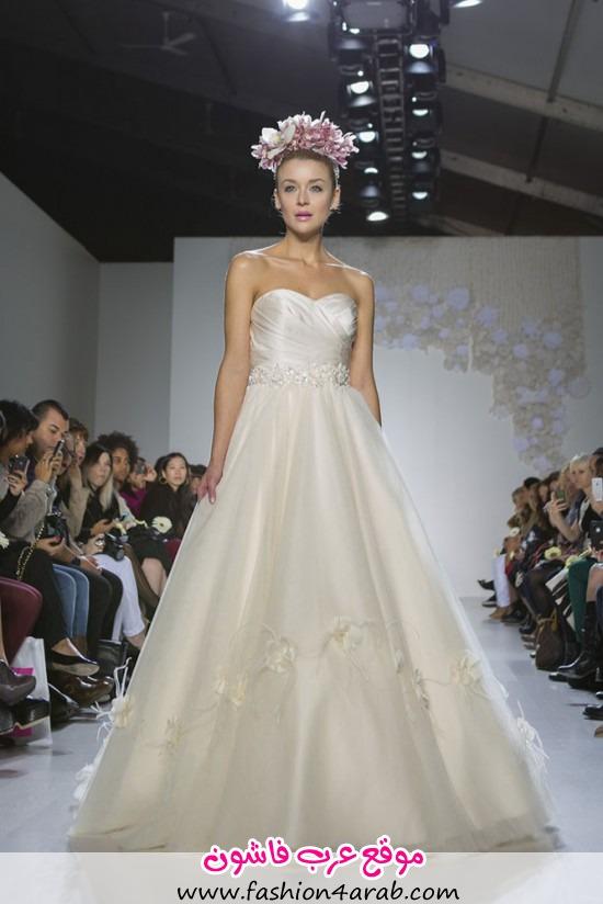 Paraezo-Wedding-Gown001-550x824