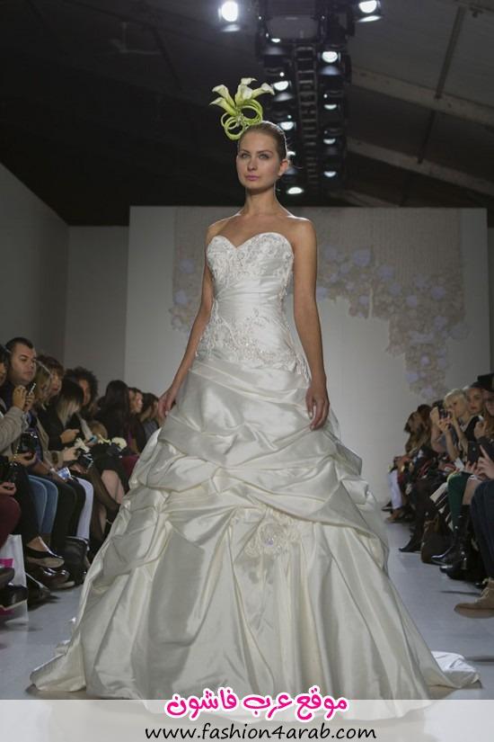 Paraezo-Wedding-Gown006-550x825