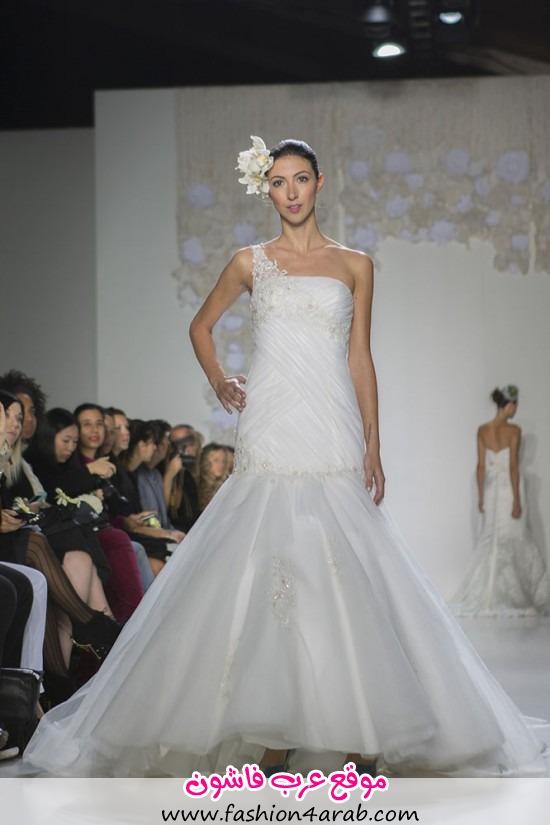 Paraezo-Wedding-Gown010-550x825