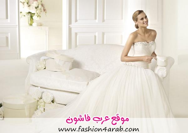 pronovias-2013-wedding-dresses-01