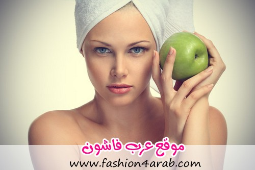 5-Fabulous-Home-Remedies-for-Oily-Skin-Apple-and-lemon-mask