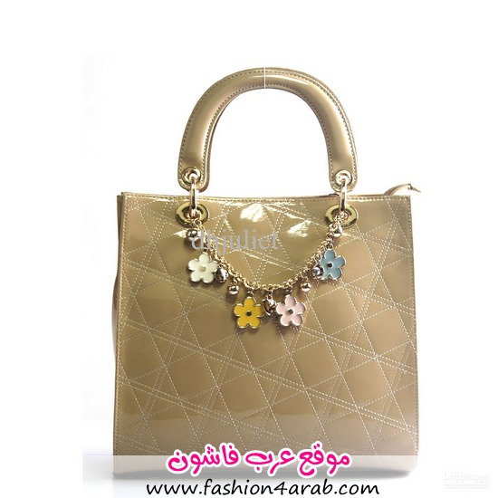 موضه عرب فاشون: شنط جديدة cuud-women-s-handbag-ol-career-flower-chain.jpg