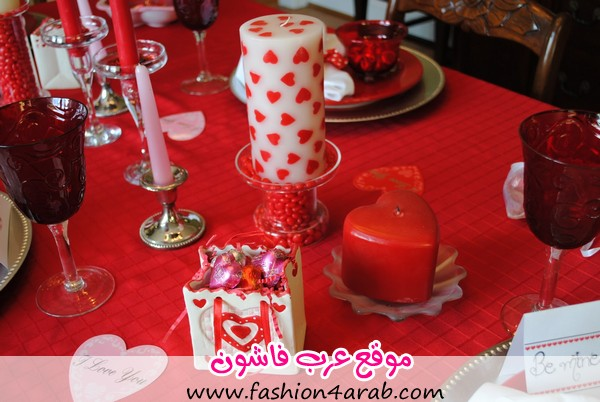 Lovely-Valentines-Table-Decoration-Ideas-with-Chic-Love-Candles-also-Beautiful-Red-Table-Cloth-and-Some-Cute-Valentines-Accessories-for-Sweet-Valentine-Table-Decoration-Design-Ideas