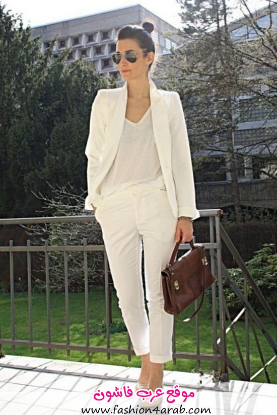large_101_Different_Ways_to_Wear_a_White_T-shirt-73