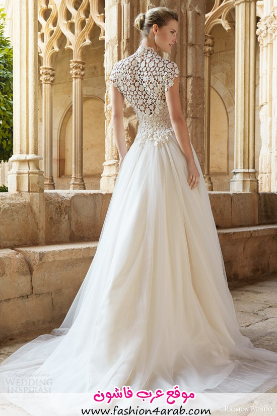 raimon-bundo-2015-natural-bridal-collection-musica-cap-sleeve-wedding-dress-high-neck-lace-bodice-back-view-train