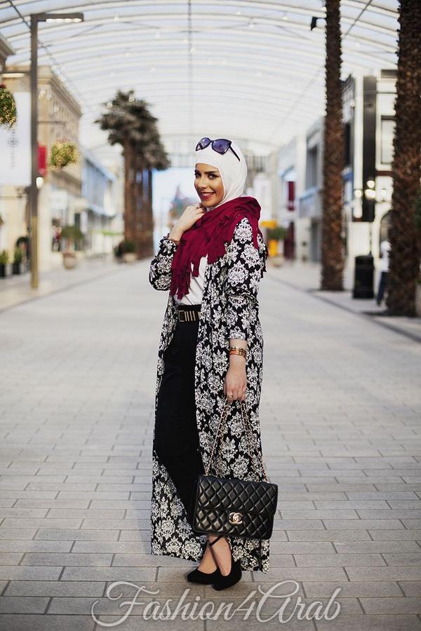 طريقة ارتداء كيمونو طويل مع الحجاب