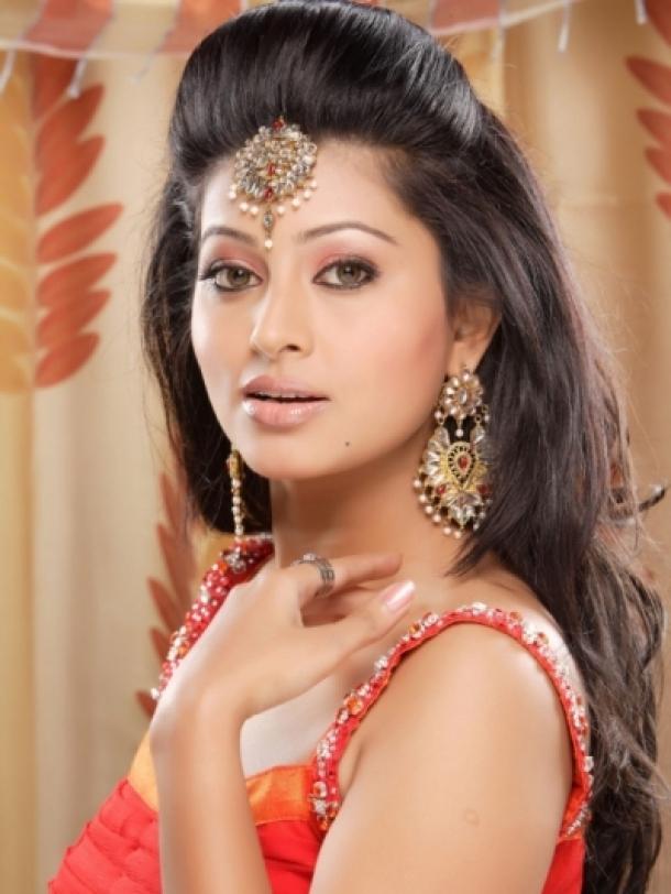 تسريحات شعر هندية ٧